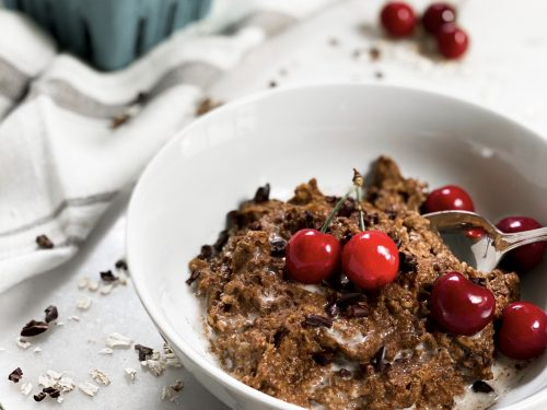 Chocolate Cherry Rolled Oats with Egg Whites